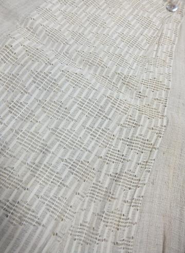 繊細なからみ織り