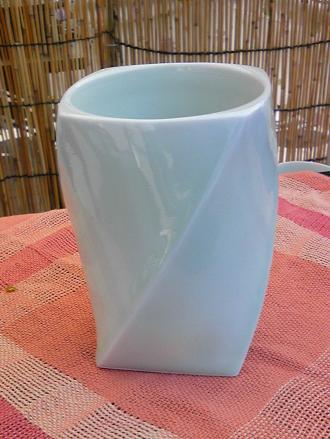 陶芸作家T氏の花瓶