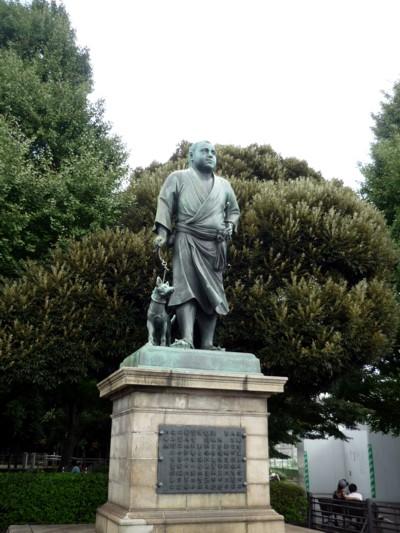 西郷どん銅像
