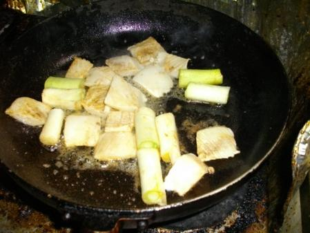 イカとネギのバター炒め