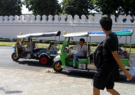 タイにて トゥクトゥク
