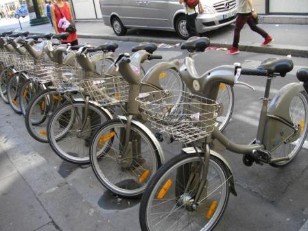 パリのレンタサイクル
