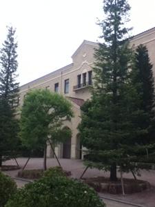 関学の建物。