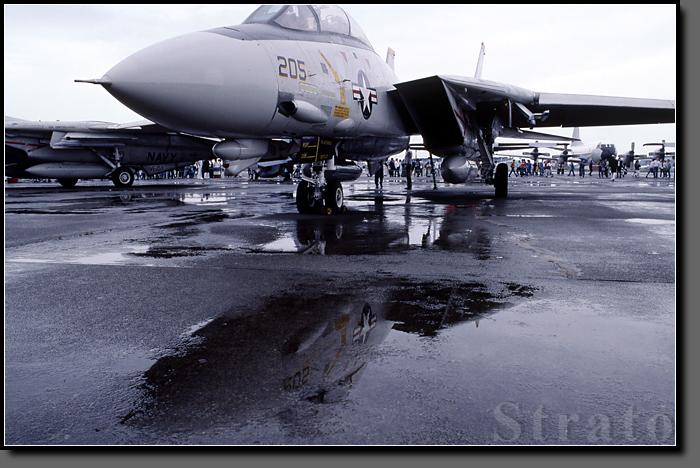 F14_002.jpg