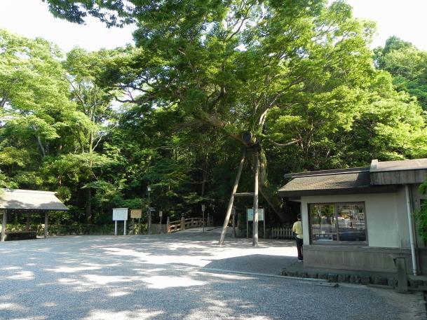 s-miekiji03_001.jpg