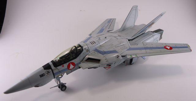 VF-1 SVF-13