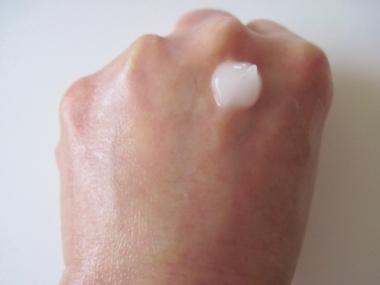合成界面活性剤不使用、モンドセレクション最高金賞受賞!毛穴ケア、乾燥対策に【薬用RCリペアゲル エンリッチ】