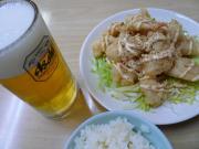 海老のマヨネーズ和え、半ライス、生ビール