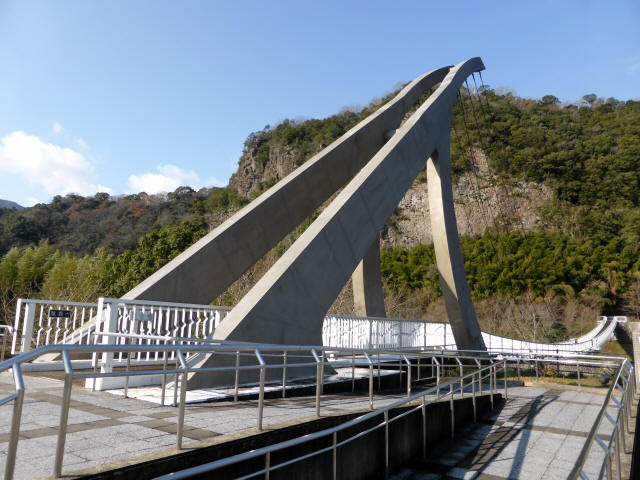 鷹栖つり橋b