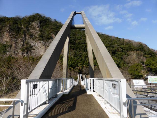 鷹栖つり橋a