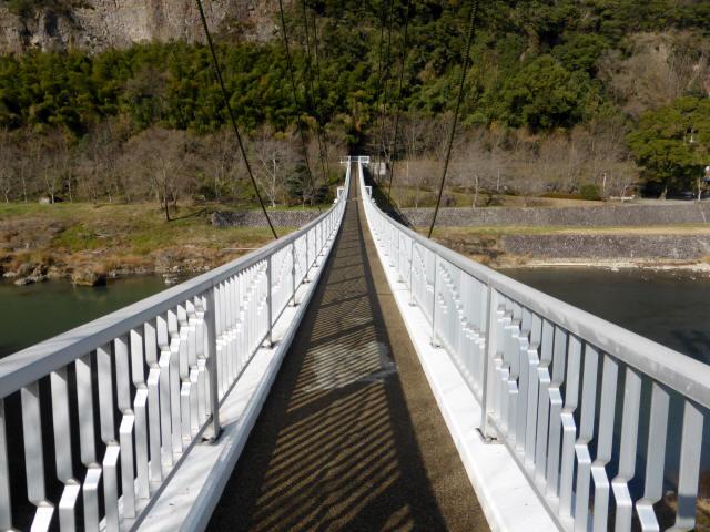 鷹栖つり橋0