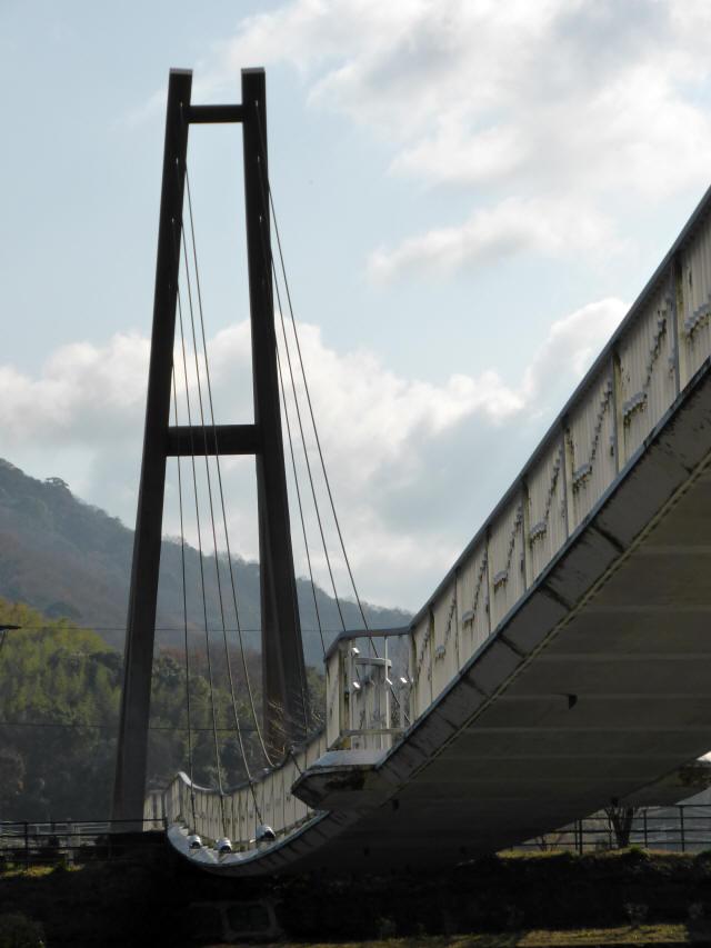 鷹栖つり橋5