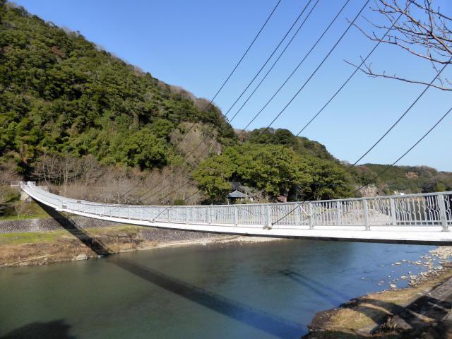 鷹栖つり橋3