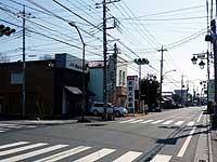 中町辺りの三差路交差点