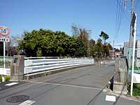 鎌倉橋と橋の銘板