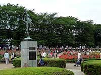 埼玉県・与野公園バラ園
