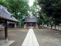 参道と社殿