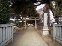 瓦葺氷川神社 参道