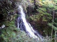 逢瀬の滝「女滝」