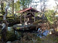 高蔵寺 庭園び祠