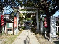 鴻神社社号標と鳥居