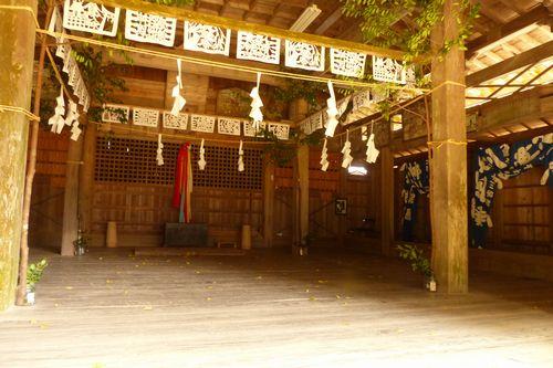 1大川内神社内