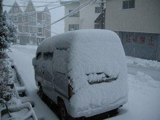 2011.12.09 雪降り
