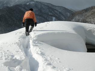 12.2.4 屋根雪下ろし