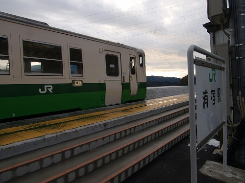 浦宿駅のキハ48