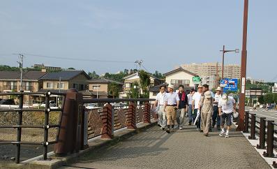 スタートは鈴見橋からです・・・