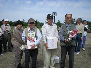 団体優勝「太陽が丘ひまわり町会」の勇士!
