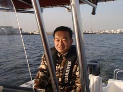 コピー ~ 2012.,3,釣友Tk氏所有のボートでシーバス釣行 006