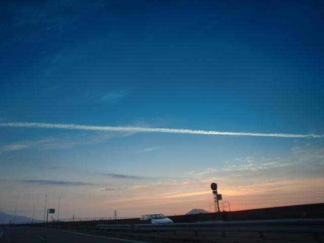 都市高速からの夕陽 008