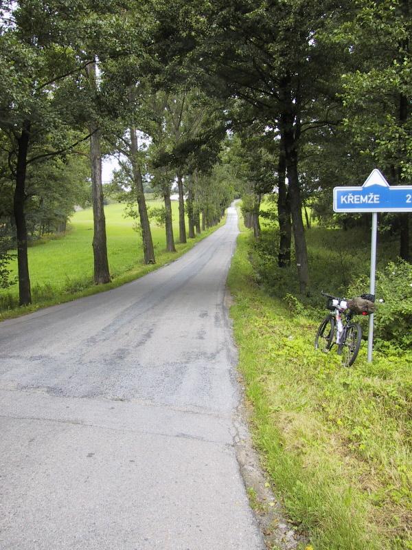 チェコの田舎道