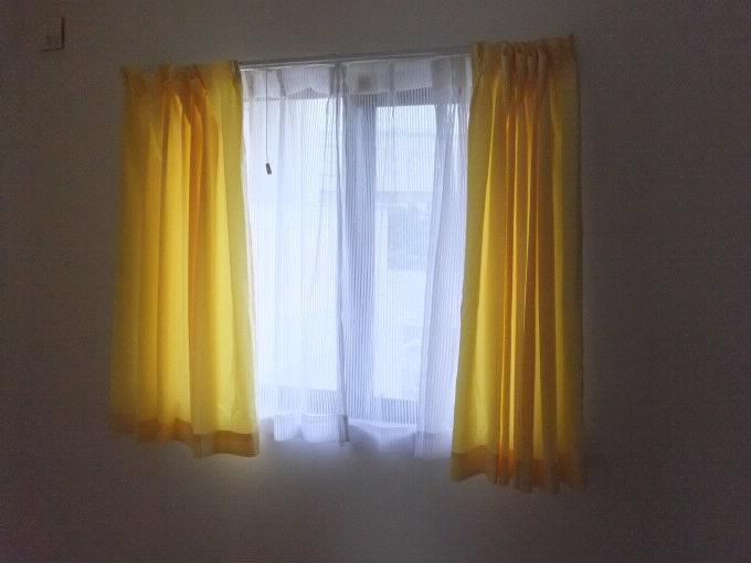 カーテン子供部屋