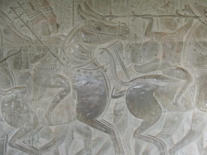 周壁の浮彫