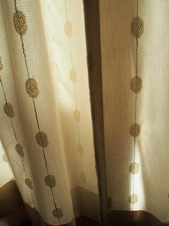 このカーテンを~