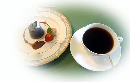 コ-ヒ-&黒ごまプリン