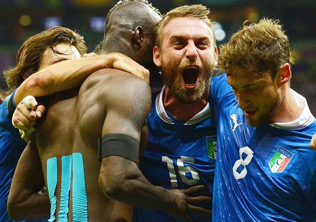 ユーロ2012 イタリア代表 バロテッリ メンバー  デロッシ