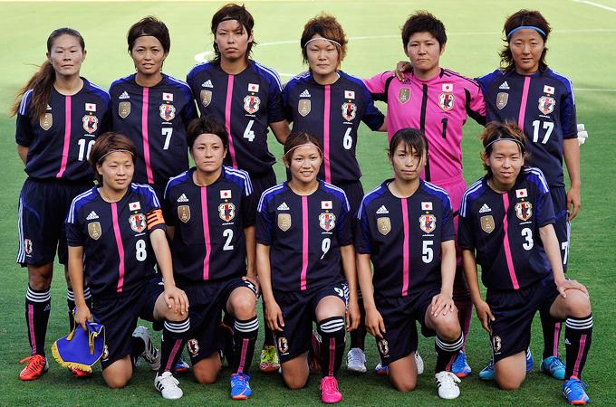 なでしこジャパン 女子 集合写真 ロンドンオリンピック 代表 澤 大儀見優季 鮫島 宮間 岩清水 川澄 サッカー