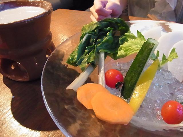 貝塚 チーズケーキ&ベジダイニング Seed バーニャカウダー