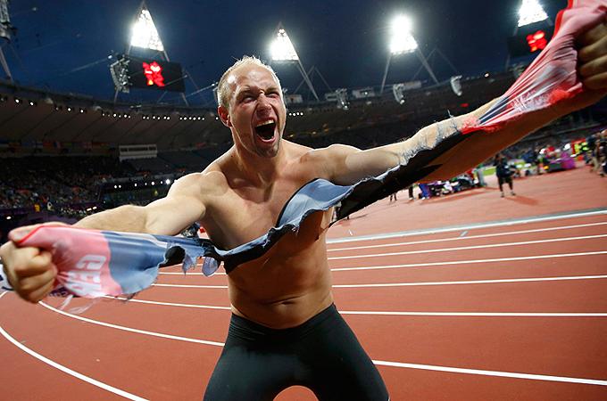 ロンドン五輪 オリンピック 2012  画像 写真 金メダル 銅メダル 世界新記録 円盤投げ