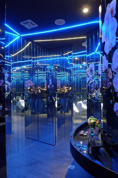 120101瑠璃工房のカフェのトイレ