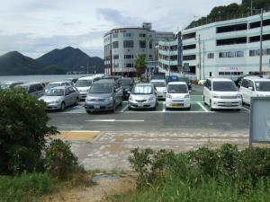 ビーチ駐車場。