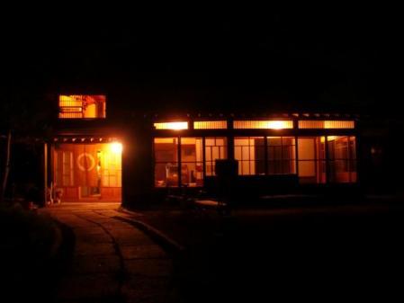 夜のトトロの家(2010年8月)