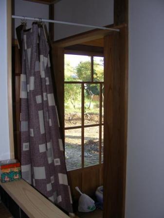 洗面所脇のドア 設置前