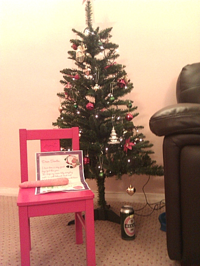 tree and the letter to santa