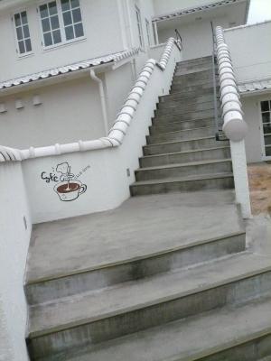 cafe_20120326215627.jpg