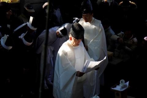 禊復活祭 ①宮司