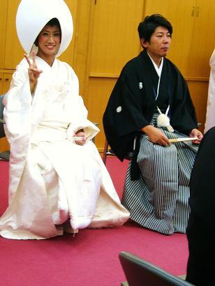 26-11-30鹿児島智ちゃん結婚式孫達も全員 (18)
